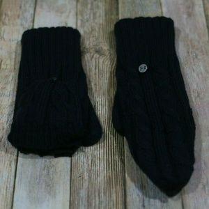 UA Under Armour Around Town Gloves Fingerless